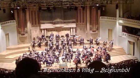 ujévi koncert